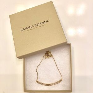 NWOT Banana Republic Gold Rhinestone Necklace